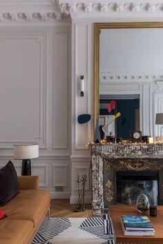LE PROJET Rénovation totale d'un appartement aux Invalides, Paris 7 Voilà un lieu qui méritait que l'on s'intéresse à lui ! Lorsque nous avons pris en main ce projet, l'appartement n'avait pas été rénové de puis de très nombreuses décennies. Tous les équipements étaient bons pour la décharge : carrelages, sanitaires, système de chauffage, rien..