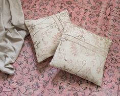 You can find the most beautiful handmade pillows in Mattocenter. Choose your favourite from hundreds of pillows in different styles. Handmade Pillows, Handmade Rugs, Beautiful Interiors, Different Styles, Most Beautiful, Throw Pillows, Interior Design, Chic, Modern