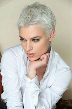 Great hair color for this messy short pixie haircut. Pixie hairstyle with beautiful color choice. Short Grey Hair, Short Hair Cuts For Women, Short Hairstyles For Women, Short Hair Styles, Short Wavy, Super Short Pixie, Short Blonde, Curly Blonde, Short Silver Hair
