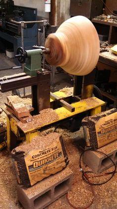 Modifications: Delta/Milwaukee headstock, 2 HP motor, 350-1400 RPM Diy Lathe, Wood Lathe, Turning Tools, Wood Turning, Homemade Lathe, Wood Carving Tools, Firewood, Metal Working, Wood Crafts