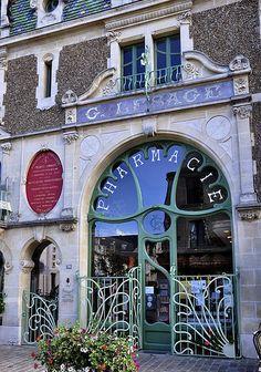 Art Nouveau Interior, Art Nouveau Architecture, Art Nouveau Design, Architecture Details, Interior Architecture, Unusual Buildings, Beautiful Buildings, Beautiful Places, Belle Epoque