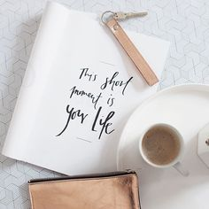 #Repost @brittaschunck  happy monday  #coffea #kaffee #kaffeepause #home #homestory #living #liveauthentic #instagood #instalove #designlovers #design #foodporn #bialetti #elektropulli #copper #kupfer #kupferliebe #enjoythelittlethings