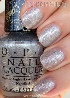 OPI It's Frosty Outside #opi #nails #holiday