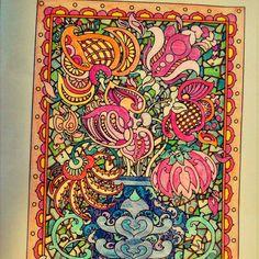 Desenho colorido pela leitora Tatiana Silva | Livros de #Colorir #Arte-terapia