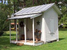 Sweet..... would be  a cute garden shed!