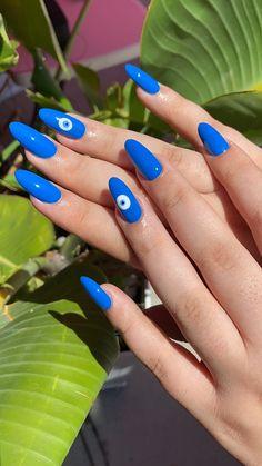 Acrylic Nails Coffin Short, Almond Acrylic Nails, Cute Acrylic Nails, Edgy Nails, Funky Nails, Swag Nails, Nail Design Stiletto, Nail Design Glitter, Blue Nails With Design