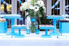 bee in our bonnet: AWESOME DIY Cake Stands