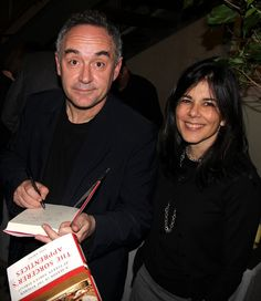 Ferran Adrià and Lisa Abend sign books at the NYU party for Abend's new book, The Sorcerer's Apprentices: A Season in the Kitchen at Ferran Adrià's ElBulli.  All photographs by Gerry Dawes©2010. Contact gerrydawes@aol.com for publication rights.