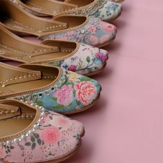 Buy Womens Shoes Online in India from Campus Shoes Official Online Shopping site. Get discounted shoes for Punjabi Jutti For Ladies, Buy Designer Womens Juttis, Buy Handcrafted Juttis. Indian Shoes, Potli Bags, Kurti Designs Party Wear, Floral Shoes, Your Shoes, Women's Shoes, Palm Beach Sandals, Shabby Chic Decor, Shoe Game