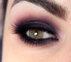 Tutorial Pausa para Feminices – olho esfumado com sombra roxa