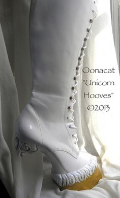 unicorn heels - Online retailer Y.U has taken to mythical inspiration for the Posch Unicorn Heels. These clean white pumps resemble the whimsical look of a unico. Last Unicorn, White Unicorn, Platform Boots, Pumps, Heels, Combat Boots, Footwear, My Style, Unicorn