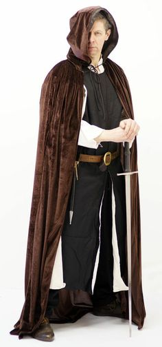 MEDIEVAL/LARP/SCA/RE ENACTMENT/PAGAN/WICCA Nobleman's Brown Velvet Hooded cloak