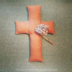 A project I wish I'd made earlier: Now that I've made this burlap cross, I wish I had made it in time for spring craft shows!