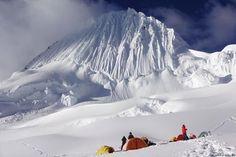 Mount Alpamayo (5.947 m), Cordillera Blanca, Andes, Peru