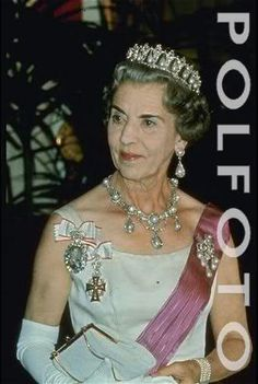 Danish Royal Jewelry page 1 - RoyalDish is a forum for discussing royalty. The Danish and British Royal Families in particular, so get your snark on! Greek Royalty, Danish Royalty, Denmark Royal Family, Danish Royal Family, Princess Alexandra Of Denmark, Royal Tiaras, British Royal Families, Casa Real, Mode Chic