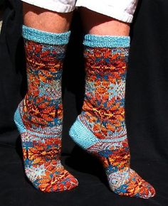 Adore these colors Santa Fe Socks by KnittingSuzanne's -variation on Bandelier Socks by Lisa Shroyer attern $5.50 on Ravelry at http://www.ravelry.com/patterns/library/bandelier-socks