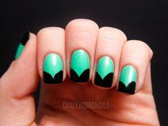 Pillecukor ♥: Húsvéti körömdíszítés / Easter nail art: green nails with tulip-shaped, black tip designs