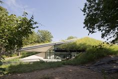 edgeland-residence