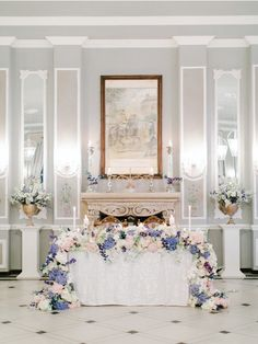 Discover recipes, home ideas, style inspiration and other ideas to try. Wedding Flower Arrangements, Wedding Flowers, Wedding Day, Forever Rose, Luxury Flowers, Event Company, Wedding Table Decorations, Fresh Flowers, Luxury Branding