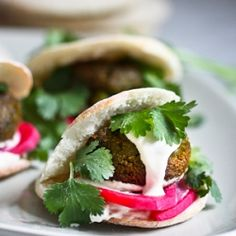 An authentic recipe for the BEST falafels ever! Including recipes for creamy tahini falafel sauce, easy homemade pita bread, and authentic pickled turnips! falafels with tahini sauce Authentic Falafel Recipe, Best Falafel Recipe, Lebanese Recipes, Falafels, Homemade Pita Bread, Whole Food Recipes, Cooking Recipes, Sauce Recipes, Vegetarian