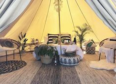 Bilston Creek Farm Glamping Inspiration Plants and side tables! Bell Tent Glamping, Yurt Tent, Glam Camping, Camping Glamping, Camping Packing, Camping Tips, Outdoor Camping, Style Ibiza, Tent Living