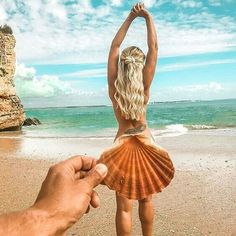 Popular trending in 2019 beach photography, creative photos, summer picture Candid Photography, Documentary Photography, Creative Photography, Fine Art Photography, Street Photography, People Photography, Photography Lighting, Digital Photography, Professional Photography