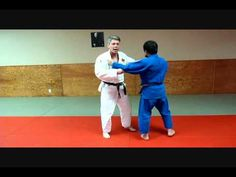 Another brilliant clip from one of the best judo instructors on the web, Bruce Kamstra. Here he explains the finer points of Osoto Gari.