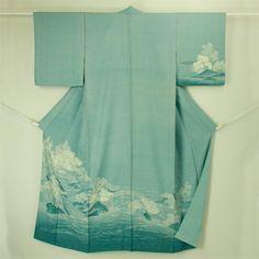 Blue, komon kimono / 青紫地 織りと染めの花鞠柄 小紋