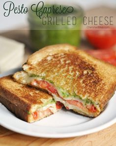 fresh garden basil pesto, delicious vine ripened tomatoes, and natural grated mozzarella cheese Pesto Caprese Grilled Cheese Veggie Recipes, Lunch Recipes, Vegetarian Recipes, Cooking Recipes, Healthy Recipes, Going Vegetarian, Vegetable Lasagna Recipes, Vegetarian Sandwiches, Vegetarian Breakfast