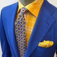 Kiton San Francisco brings on the color (at Kiton, 207 Grant Ave. Mens Fashion Blog, Mens Fashion Shoes, Fashion Menswear, Fashion Edgy, Classic Fashion, Mens Style Guide, Men Style Tips, Guy Style, Men's Style