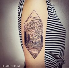 See What This Tattoo Artist Is Doing With B+W Design   Brit + Co