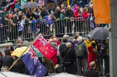 About eighty thousands lined the streets to welcome home Team New Zealand and the America's Cup.        Auckland – rain photos. Part I. ... 20  PHOTOS        ... So what's winter Auckland's climate like?        Original article:         http://softfern.com/NewsDtls.aspx?id=1132&catgry=7            SoftFern News, SoftFern Sport News, SoftFern Auckland News, New Zealand News, Auckland, The America's Cup, America's Cup parade, America's Cup celebration, photos of America's Cup parade in…
