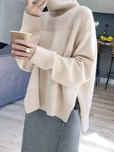 Tops-High Neck Sweet Plain Easy to combine knitted ideas – The Best Ideas Knitwear Fashion, Knit Fashion, Fashion Outfits, Fashion Fashion, Cool Sweaters, Sweaters Knitted, Knitted Poncho, Knitted Blankets, Looks Cool