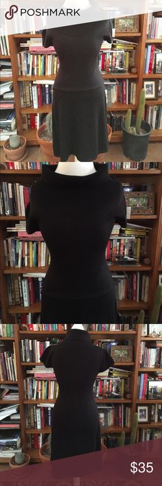 CALVIN KLEIN Wool Knit Dress Excellent rarely worn condition stunning lightweight well crafted comfortable Wool Blend Knit Dress. Approx Measurements Waist 27 Bust 36 Length 40 (inches) allows for some stretch if needed. Calvin Klein Dresses Maxi