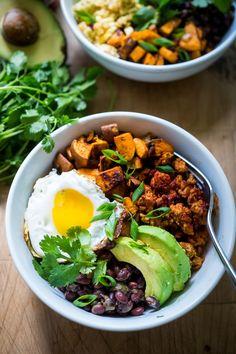 Healthy Yummy Mexican Breakfast Bowls