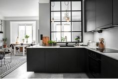 Big window in the kitchen. my scandinavian home: Shades of grey in a small living space Home Decor Kitchen, Kitchen Interior, New Kitchen, Spanish Kitchen, Space Kitchen, Kitchen Black, Room Kitchen, Kitchen Living, Kitchens And Bedrooms