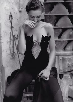 Helmut Lang cat bustier bodysuit. Photographed by William Claxton for Vogue Paris, November 1989.