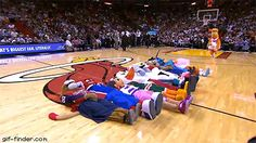 Miami Heat mascot has an epic fail during game | Gif Finder – Find and Share funny animated gifs