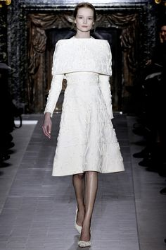 White dress with garden fence details embellishments at Valentino Spring Summer Couture 2013 #HauteCouture #Fashion #HC