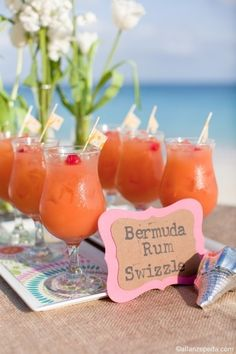 ♥ Destination wedding signature drink: Bermuda Rum Swizzle.