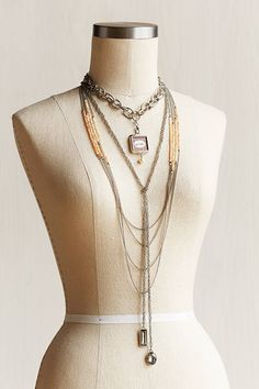 Just one of the maybe ways you can style the Boulevard Lariat by Jewel Kade