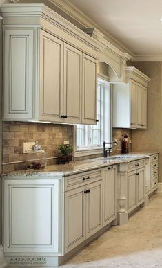 White Kitchen Cabinets With Diffe Color Island New Granite Countertop Decorators Por Gl Design