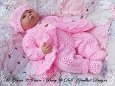 Diy Crafts - Knitting Pattern Lacy Winter Pram Set t fit doll or baby Baby Boy Knitting Patterns, Baby Patterns, Hand Knitting, Pram Sets, Diy Crafts Knitting, Knitted Baby Clothes, Baby Prams, Baby Girl Crochet, Baby Cardigan