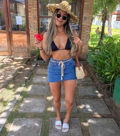 image Endless summer Summer fashion Summer vibes Summer pictures Summer photos Summer outfits January 08 2020 at Outfits For Teens, Trendy Outfits, Cute Outfits, Fashion Outfits, Womens Fashion, Tropical Outfit, Estilo Hippy, Jupe Short, Summer Vacation Outfits