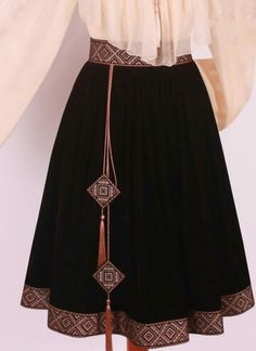 Great use of scrap fabric – Artofit Embroidery Fashion, Embroidery Dress, Hardanger Embroidery, Hijab Fashion, Fashion Dresses, Diy Clothes, Clothes For Women, Ethno Style, Afghan Dresses