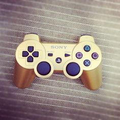 If I was a gamer this would be my controller!! #gold