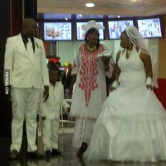 A Couple Getting Married at KFC ... - PHUNRISE