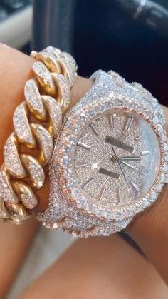 Cute Jewelry, Gold Jewelry, Jewelry Accessories, Women Jewelry, Fashion Jewelry, Gold Bracelet For Women, Expensive Jewelry, Stylish Watches, Swagg