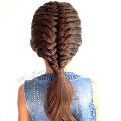 Suspended infinity braid by @mimiamassari