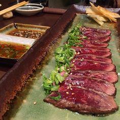 TATAKI VACA RUBIA GALLEGA  #kuma #daniellomana #restaurantekuma #bilbao #tataki #japanese #japanesefood #instagood #foodislife #foodie #foodporn #food #gastronomy #instafood #foodstagram #yummy #foodlover #cooking #lovefood #gastro #tasty #foodism #foodgasm #foodcoma #sharefood #ilovefood #gourmet #gastrovictim #gastrolover #followme by javierperezglez